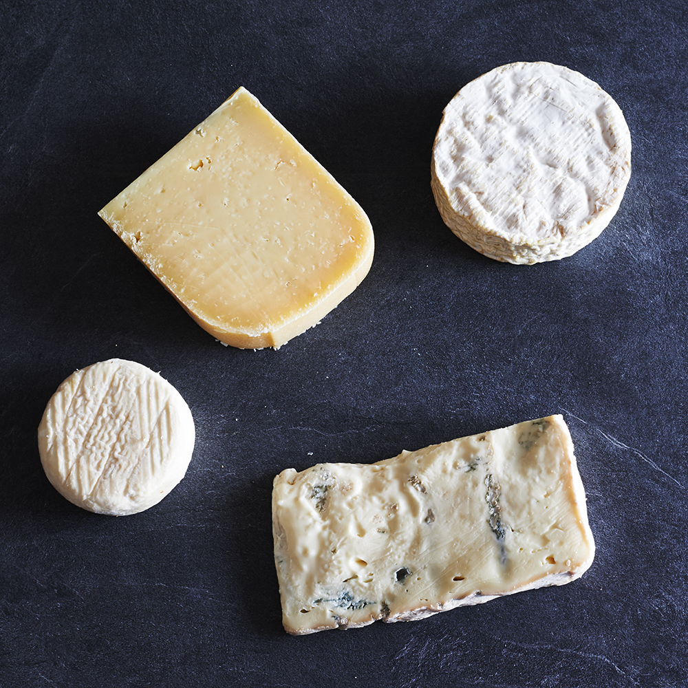 Christmas Cheese Gifts - The Courtyard Dairy