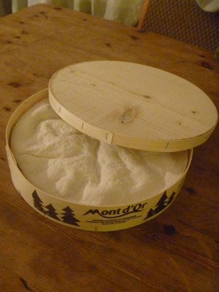 baked-vacherin-mont-d-or-recipe