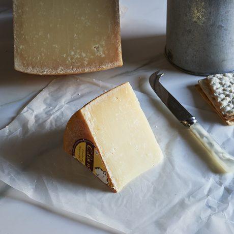 Cais na tire cheese