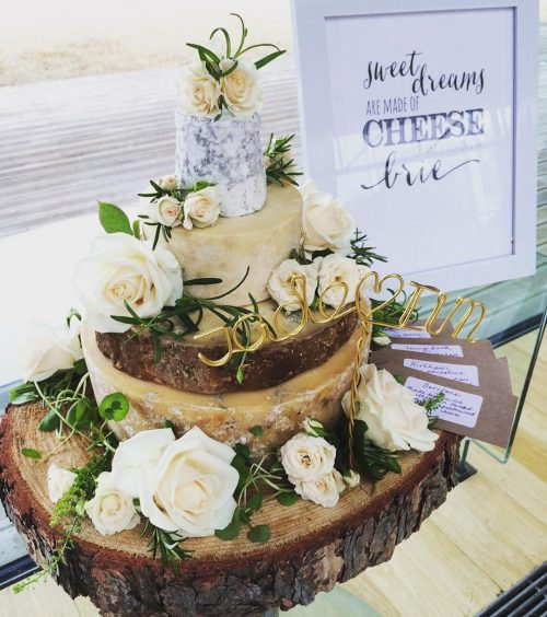 cheese-wedding-cake-jadeking