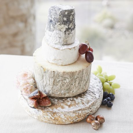 Cheese wedding cake quartz picture