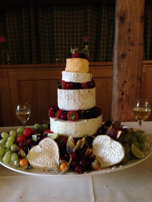 cheese-wedding-cake-tower-picture