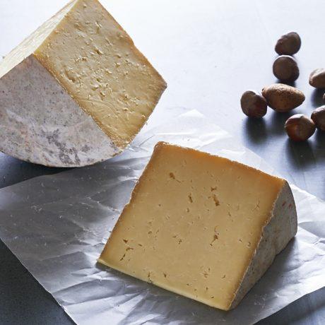 Fellstone Cheese (Whin Yeats Wensleydale)