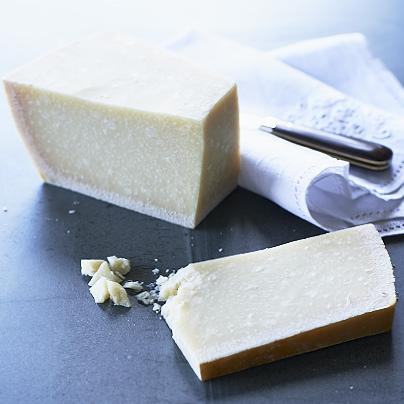 Parmigiano reggiano cheese parmesan 30 month