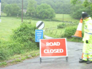 road-closed-gloucester-cheese-rolling