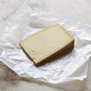 Summer Fields Alpine Botton Cheese