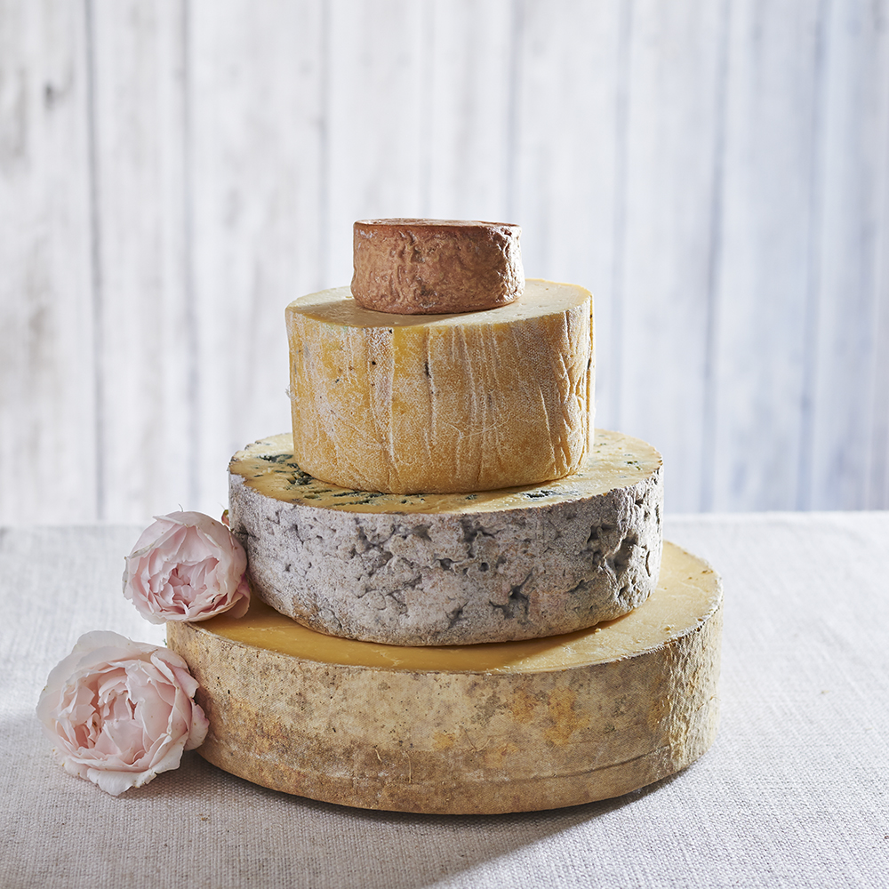 Wedding Cakes: Vegetarian Cheese Wedding Cake